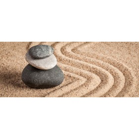 105446660 - Jardín de arena y piedras